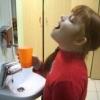 Чим полоскати горло при ангіні дітям найкраще?