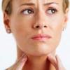 Що допоможе від сильного болю в горлі