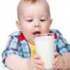 Чи справді коров'яче молоко корисно для дітей