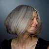 Як фарбувати сиве волосся, і чи варто це робити?