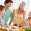 Як правильно і здорово харчуватися дітям і підліткам?