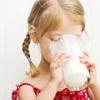 Чи можна давати козяче молоко дитині