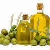 Оливкова олія: користь і шкода для організму в цілому, для особи. Як приймати продукт з оливи, відгуки