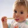Подаруємо дітям красиві і здорові зуби