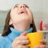Полоскання горла содою, сіллю, йодом