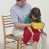 Промивання шлунка у дітей при харчовому отруєнні