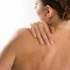 Симптоми і лікування грижі хребта грудного відділу