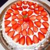 Торт з полуницею - рецепти для ласунів