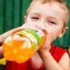 У чому шкода газованих напоїв?